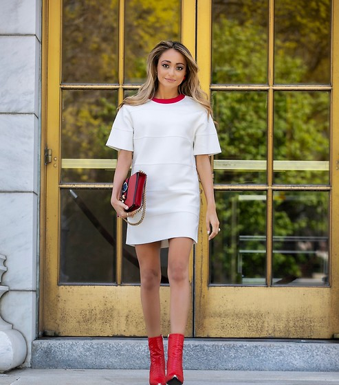 Lauren Recchia - Hervé Léger Mini T Shirt Dress, Amiri Red Boots - Hervé, Your Way