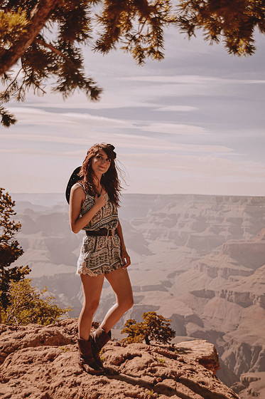 Dépêches Mode - Jumpsuit, Boots - Grand Canyon