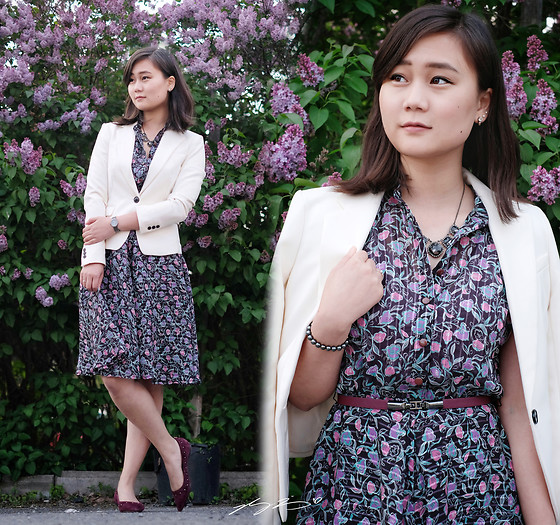 L Z - H&M Blazer, Vintage Dress, Coach Flats - Lady in Lilac