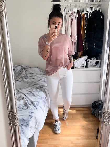 Jenny Drugge - H&M Top, H&M Sneakers - Feeling fresh