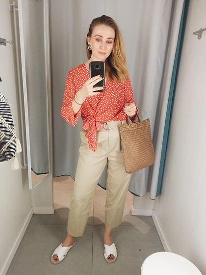 Tímea C - Reserved Pants, Bonprix Blouse - Summrrrrr polka dot