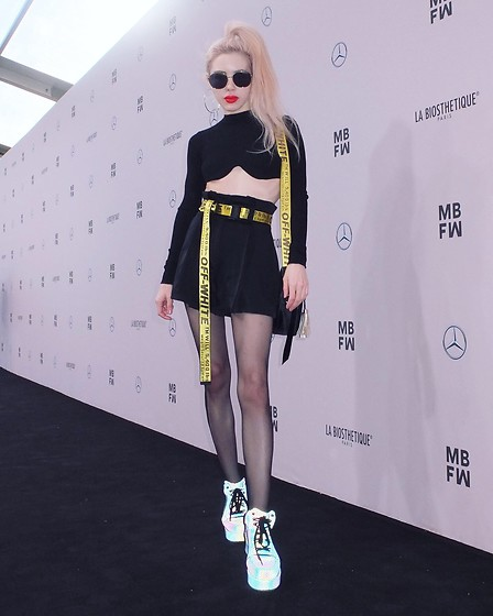 Emmalynn V - Yru Reflective Sneakers, Nicopanda Circle Bag, Off White Off White Industrial Belt, Are You Am I Ayai Rika Crop Top, Gentle Monster Sunglasses - Mercedes-Benz Fashion Week