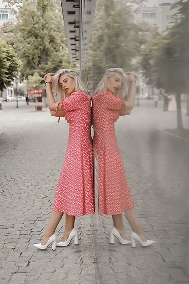 Vlada Avornic - Lamaisondeconfiance Dress, Amiclubwear Shoes - Do you want my apple dress ?
