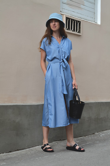 Olga Dupakova - Zara Dress, H&M Sandals, Marks & Spencer Hat, Mango Bag - Girl in blue