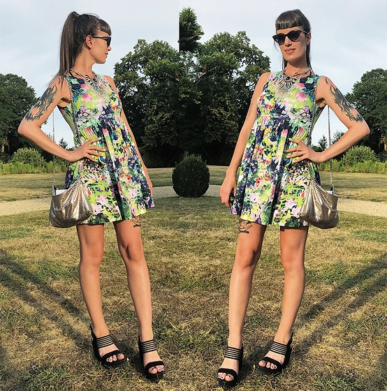 ♡Nelly Kitty♡ - Zara Floral Print Fluo Mini Dress, Pimkie Silver Chain Purse, C&A Black Chunky Sandals - OOTD#73 Wedding