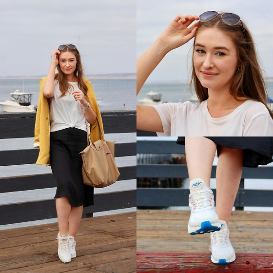 Taylor Doucette - Babaton Yellow Oversized Cherelle Blazer, Nike Air Max 270 React American Modern, Wilfred Black Silk Slip Dress, Everlane White T Shirt - Paper Rings - Taylor Swift