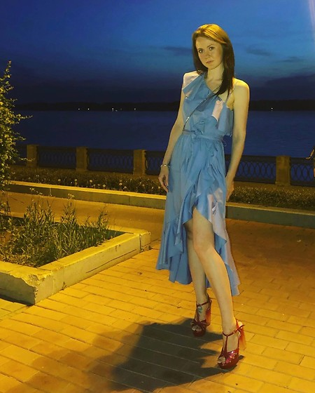 Dasha Nesterova - Baldan Shoes, Sandro Dress - Summer night