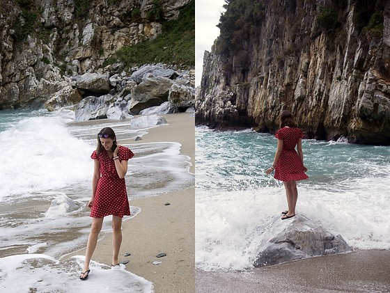 Ewa - Shein Dress - Fakistra Beach
