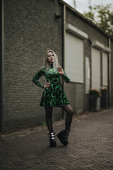 Joan Wolfie - Black Milk Clothing Dress, Demonia Boots - CTHULHU // Joan Wolfie