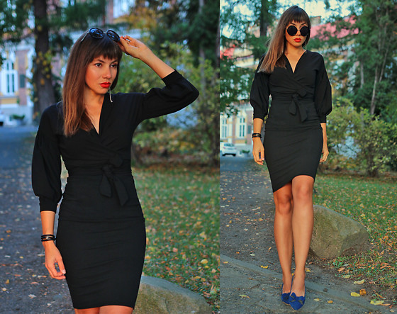 Jointy&Croissanty © - Femmeluxefinery Dress - Little black dress