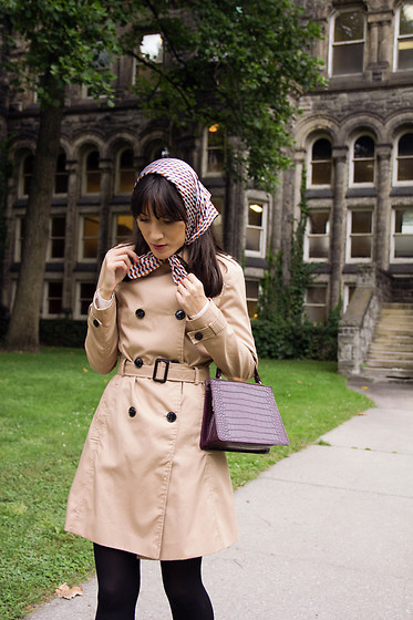 Carolina Pinglo -  - Trench Coat and Scarf
