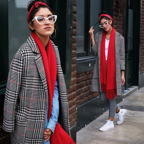 Andrea Chavez - Zaful Red Tartan Wool Coat, Converse White - Red winter