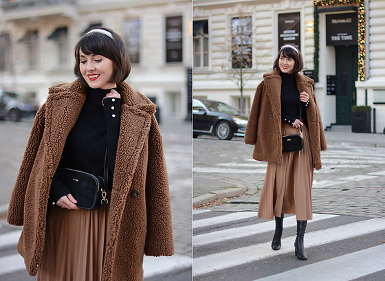 Daisyline . - Mango Coat, Reserved Skirt, Zara Sweater - Black & brown / IG: daisylineblog
