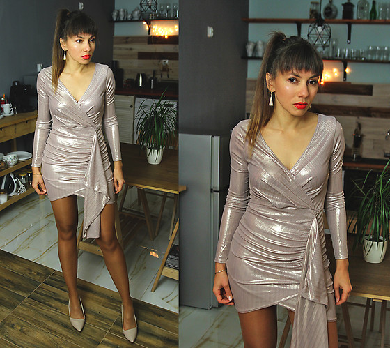 Jointy&Croissanty © - Femmeluxefinery Dress - Pastel metallic dress