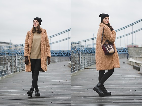 Ewa - Shein Teddy Coat - Teddy Coat
