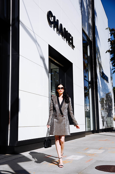 Lisa Valerie Morgan - Bronx And Banco Dress - How to Style A Blazer Dress