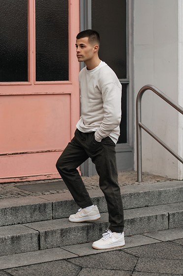Kevin Elezaj - Nike Sneakers, Cos Pants, Nick Falke Sweater - Cream
