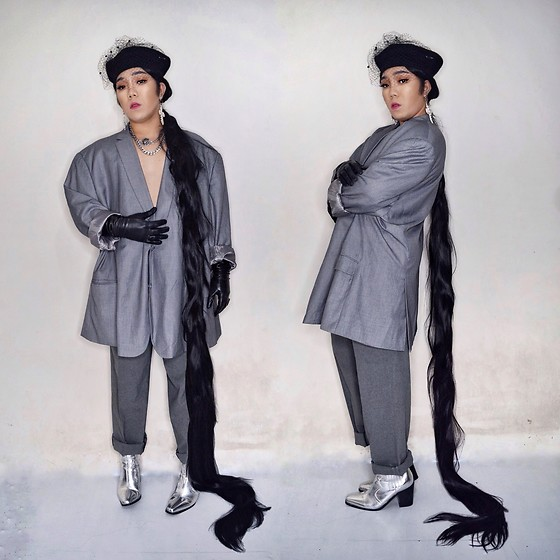 Rafa Concepcion - Elrafa Collection Diy Beret Hat, Elrafa Collections Oversized Blazer, Elrafa Collections Leather Gloves, Calvin Klein Trousers, Forever 21 Silver Boots - SLAY IN GREY 🌬