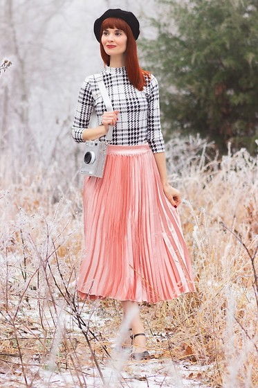 Bleu Avenue - Shein Black And White Plaid Top, Shein Pink Skirt, Shein Novelty Silver Camera Crossbody Bag - Snow Day