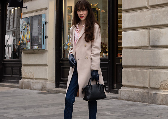 Veronika Lipar - Weekend Max Mara Wool Double Breasted Coat, A.P.C. Dark Blue Jeans, Red Valentino Pink Victorian Blouse - Chic Transitional Outfit for Work