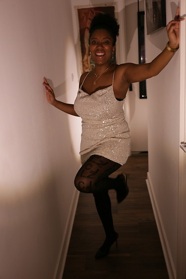 Laura Owusu -  - Let's Party !