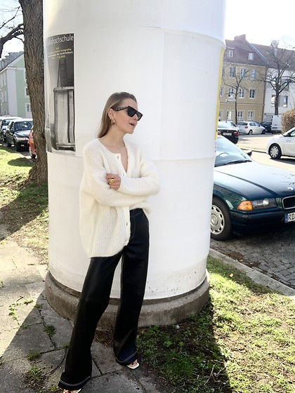 Anna Borisovna - Sezane Cardigan, Zara Pants, Céline Sunglasses - The White Cardigan