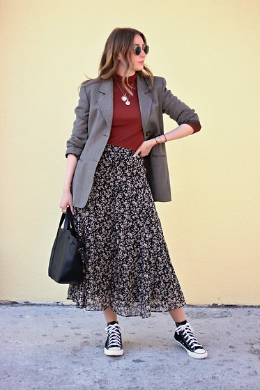 Tímea C - Reserved Skirt - Floral Beginning