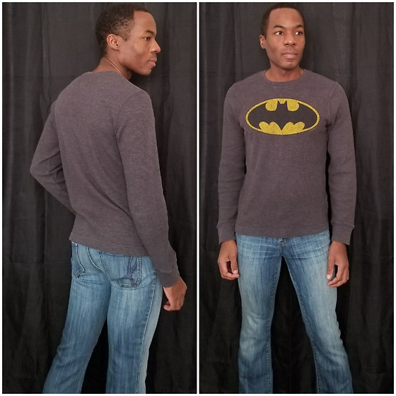Thomas G - Old Navy Longsleeve 'Batman' Print, It Jeans Hottie - The night is darkest...