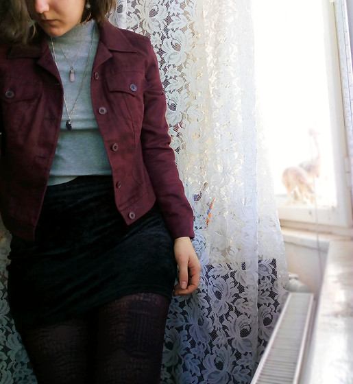Hypersensitive M. - Thrifted Burgundy Suede Imitation Jacket, My Mom's Velvet Skirt, Thrifted Burgundy Tights, Thrifted Roll Neck Crop Top, My Sis' Hand Craft Amethyst Chain, A Mineral Store Rose Quartz - Blackberry bramble