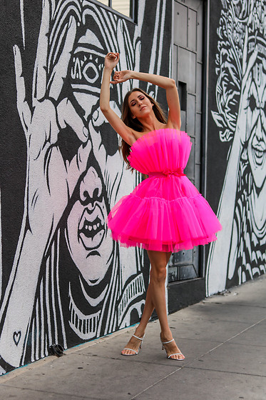 Jenny M - Shein Neon Tulle Dress, Steve Madden Rhinestone Sandals - IG: @thehungarianbrunette // THE NEON EDIT - LOOK #1