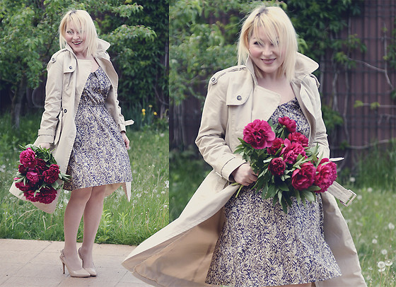 Anca Varsandan - Mango Trench, H&M Dress - May Peonies