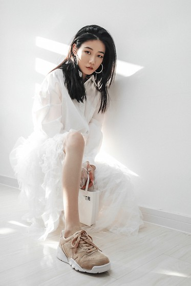 Ava Foo - Misssixty, Gentlemonster, Diadora - White look