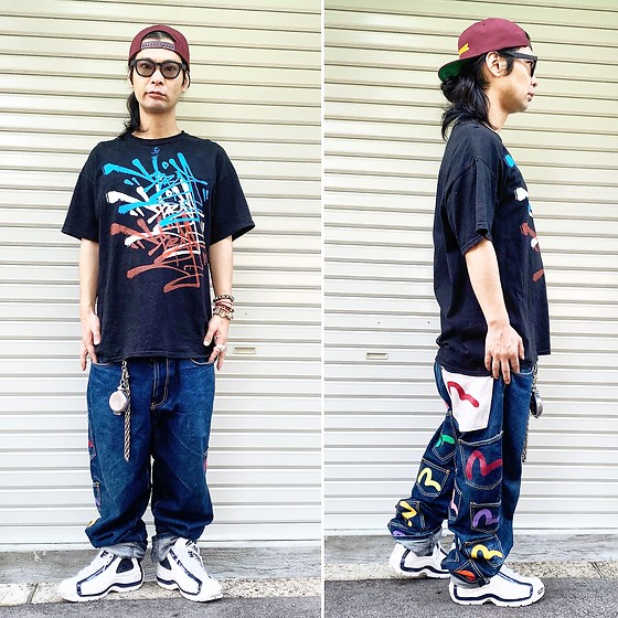 @KiD - Very One Graffiti Tee, Dam Funk Cap, Evisu Jeans, Vivienne Westwood Cigarette Case, Fila Sneaker, Typhoon Mart Sunglasses - JapaneseTrash579