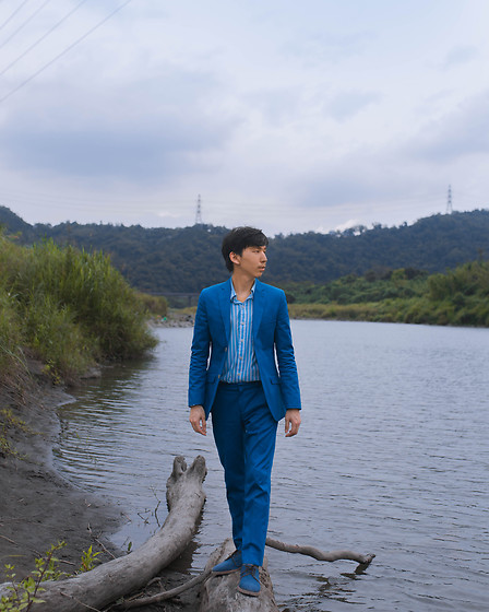 FL JU - Topman Suits, Hollister Shirts, Hudson London Shoes - Topman Wulai: Deep sky blue
