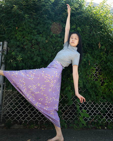 Gi Shieh - Old Fast Fashion Grey Striped Top, Raided Mom's Closet Purple Floral Skirt - Wheeeee! Prancing into summer!