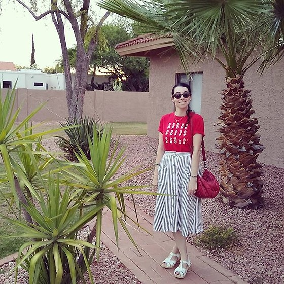 Saguaro Style - Uniqlo Mario Tee, Linen Blend Striped Midi Skirt, Liebskind Berlin Red Bag, Sven Clogs White - 06.25.20