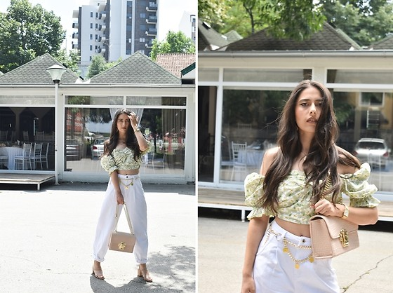 "Jelena Dimić - Shein Floral Puff Sleeve Top, Shein White Jeans, Rosefield Watch, Cocopat ""Hurem"" Bag, Beret Ma Chérie Chain Coin Belt, Shein Block Heel Sandals - I don't want to sit all in my sadness"