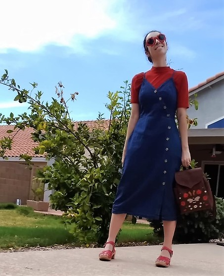 Saguaro Style - Universal Thread Denim Midi Dress, Thrifted Rust Mockneck, Leafling Bags Cork Leather Bee Backpack, Sven Clogs Red Woven - 8.04.20