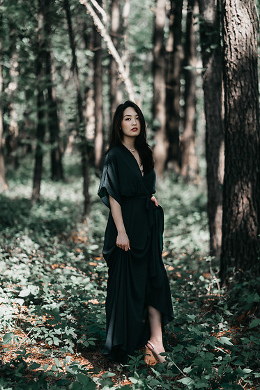 Kimberly Kong -  - Lost in the Wood