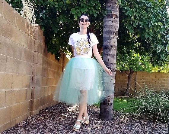 Saguaro Style - Sven Clogs Silver, Urban Outfitters Mint Tulle Skirt - 09.01.20