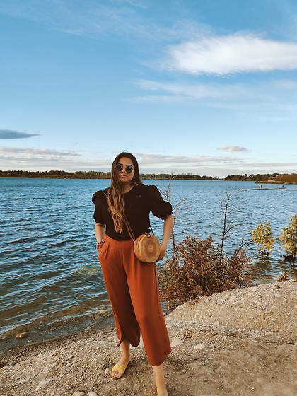 Yesok - H&M Puffy Sleeve Top, H&M Culottes, Round Straw Bag - Fall colours with summer pieces