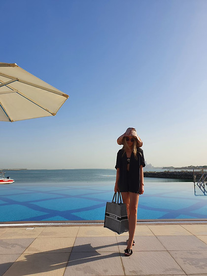 Joicy Muniz - Rabens Saloner Hat, Underprotection Shirt, Underprotection Shorts, Christian Dior Bag, Flattered Shoes - Blue dreams
