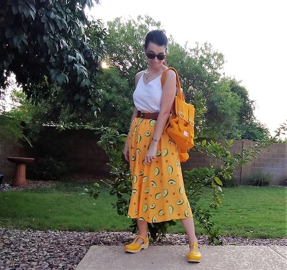 Saguaro Style - Eyelet Top, Avocado Skirt, Valfre Madeline Backpack, Sven Clogs Yellow - 09.19.20