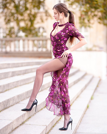 Ariadna M. -  - Purple dress