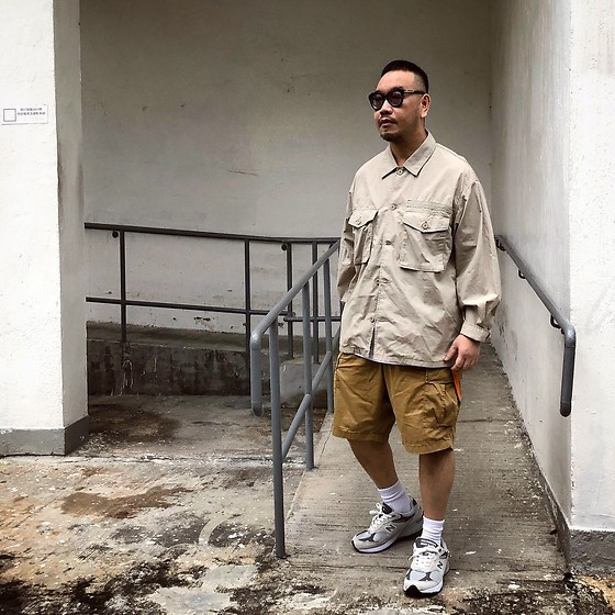 Mannix Lo - Gu Military Jungle Jacket, Uniqlo Cargo Shorts, New Balance 993 Sneakers - Everything you do now is for your future