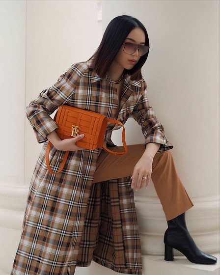 Willabelle Ong - Burberry Tb Bag, Burberry Checked Trench Coat - Checkmate