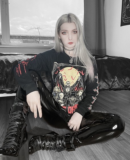 Joan Wolfie - Leather Rebel Clothing Longsleeve, Widow Boots - LOCAL VAMP GIRL // IG: @joanwolfie
