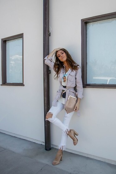 Jenny M - Femme Luxe Jacket, Zara Jeans - IG @thehungarianbrunette - White Fall