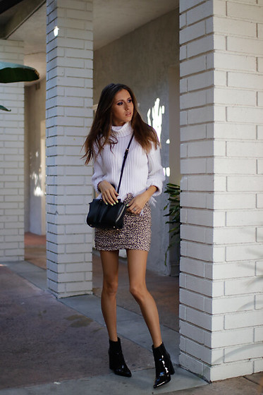 Jenny M - Forever 21 Sweater, Forever 21 Boots, Zara Bag - IG @thehungarianbrunette - Neutral no3