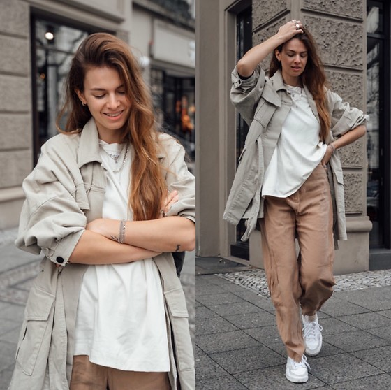 Jacky - Second Female Shirt Jacket, Arket Basic T Shirt, Weekday Wide Pants, Adidas White Sneaker - Spring outfit in bright colors
